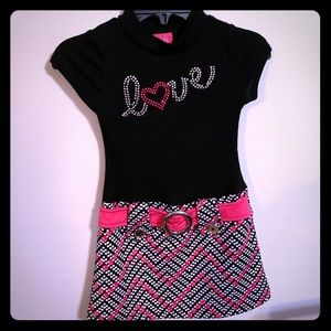 Pinky girls size 4-5 black, pink and white dress.